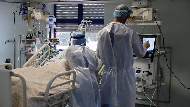 Κορωνοϊός – ΠΟΕΔΗΝ: Εκτός ΜΕΘ τουλάχιστον 28 διασωληνωμένοι - Γίνεται επιλογή ασθενών