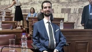 Κυμπουρόπουλος: «Αν η μάνα μου είχε δει ότι είμαι ανάπηρος, θα με σκότωνε ή όχι;»