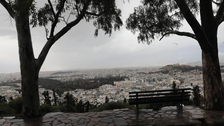 Καιρός: Τοπικές βροχές και πτώση θερμοκρασίας