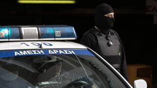 Στα χέρια της ΕΛ.ΑΣ. εγκληματική οργάνωση που διακινούσε ναρκωτικά και όπλα στην Αττική