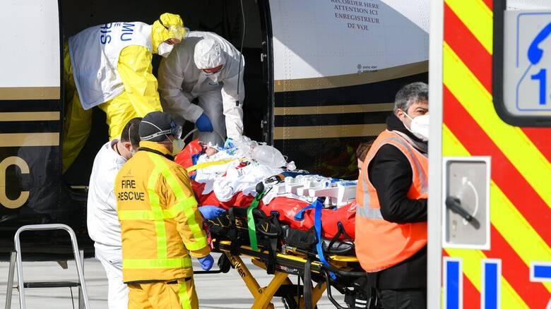Κορωνοϊός: Προς σκληρότερα μέτρα στο Παρίσι καθώς οι μεταλλάξεις «λυγίζουν» τα νοσοκομεία