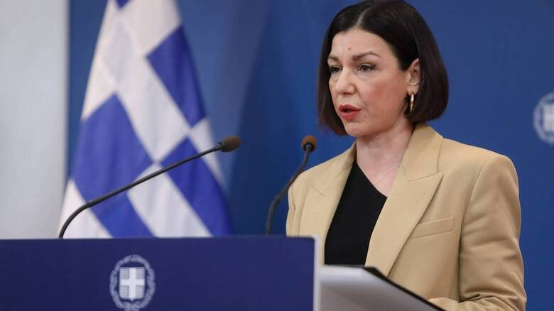 Πελώνη για «μορατόριουμ»: Ζητά ο κ. Τσίπρας να σταματήσει να νομοθετεί η Βουλή;