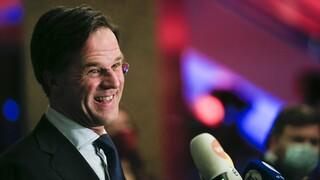 Ολλανδία: Καθαρή νίκη Ρούτε δείχνουν exit poll και πρώτα αποτελέσματα