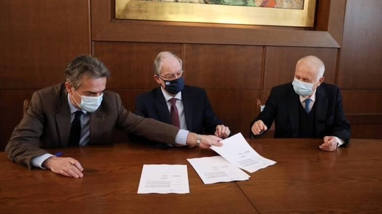 Βουλή: Υπεγράφη η σύμβαση για τη χρηματοδότηση πεζογέφυρας στο «Σωτηρία»