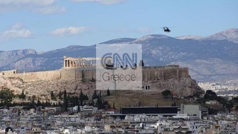 Δοκιμαστικές πτήσεις μαχητικών στον Αττικό ουρανό ενόψει 25ης Μαρτίου