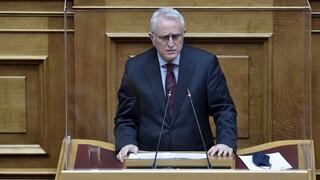 Ραγκούσης στη Βουλή: Μία οφειλόμενη απάντηση στον Μητσοτάκη μαζί με τέσσερα ερωτήματα
