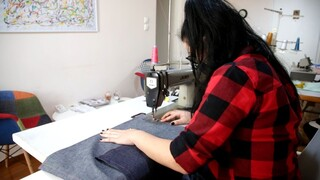 Ένα εργαστήριο ραπτικής και μια δεύτερη ευκαιρία για αποφυλακισμένες γυναίκες