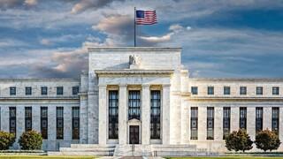 H Fed αυστηροποιεί τους κανόνες για τις κεφαλαιακές απαιτήσεις των τραπεζών