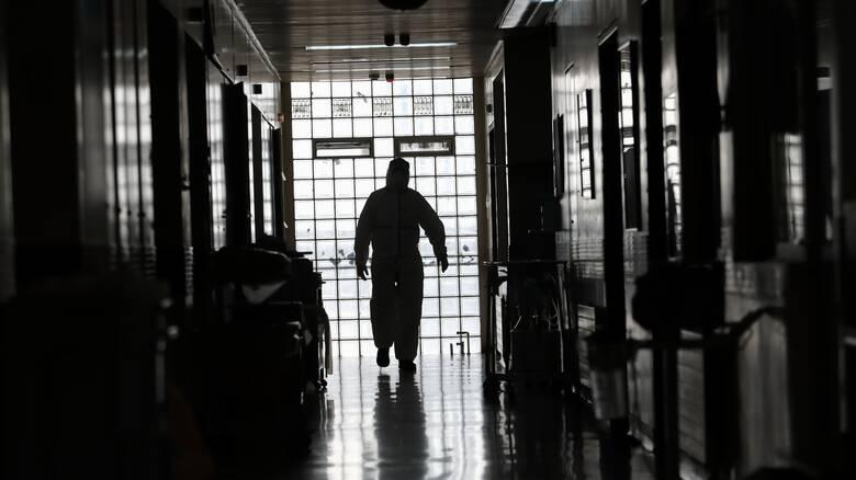 Πολιτική κόντρα κυβέρνησης - ΣΥΡΙΖΑ για την αντιμετώπιση της πανδημίας