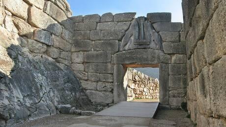 Επιστροφή στους αρχαιολογικούς χώρους αλλά με τα πόδια από Δευτέρα