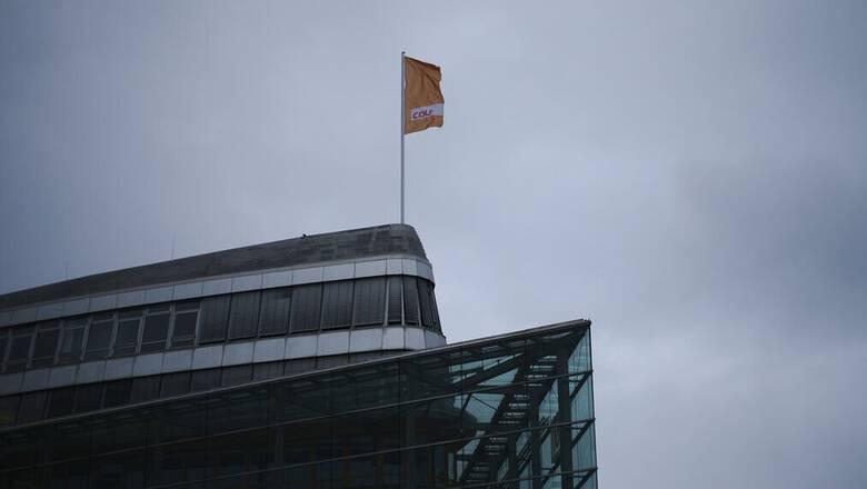 Γερμανία: Συνασπισμός CDU/CSU και Πρασίνων «γεννιέται» στις κάλπες του Σεπτεμβρίου;