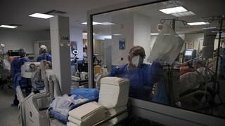Παγώνη στο CNN Greece: Εμπόλεμη κατάσταση στα νοσοκομεία, ο αριθμός των διασωληνωμένων θα αυξηθεί