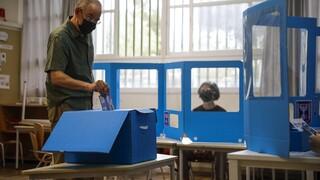 Εκλογές Ισραήλ: Ανοιξαν οι κάλπες για την τέταρτη αναμέτρηση μέσα σε δύο χρόνια