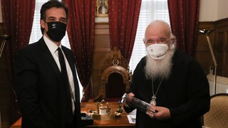 Προαναγγελία Αρκουμανέα στη συνάντηση με Ιερώνυμο για σημαντική αύξηση κρουσμάτων σήμερα