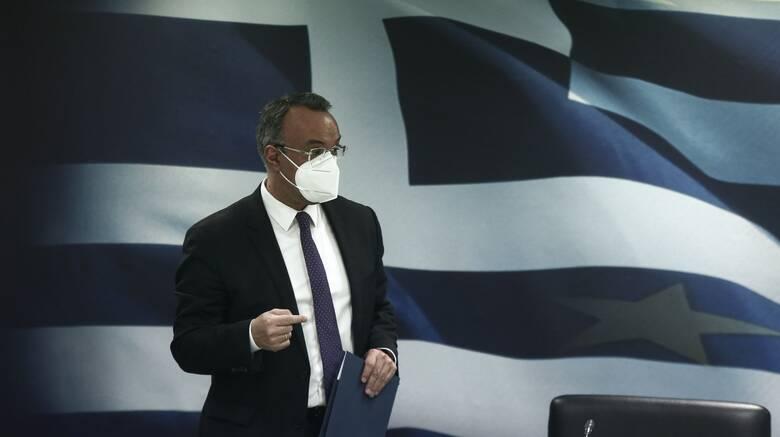 Σταϊκούρας: Δέκα ασθενοφόρα αγοράζει το υπουργείο Οικονομικών