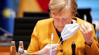 Γερμανία: Σφοδρές αντιδράσεις για τη «φάση ηρεμίας» το Πάσχα - Η «συγγνώμη» της Μέρκελ