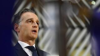 Σε αναβίωση του Συμβούλιου ΝΑΤΟ-Ρωσίας καλεί η Γερμανία, αλλά ρίχνει το «μπαλάκι» στον Πούτιν