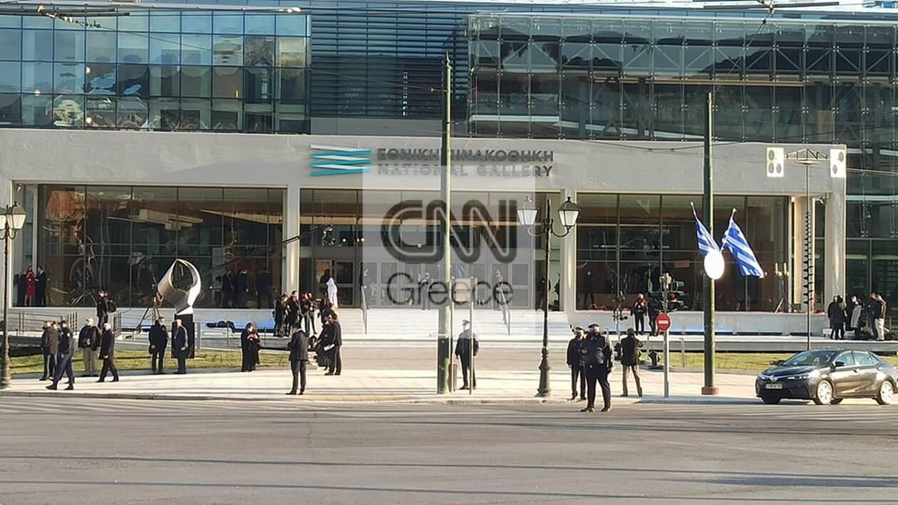 https://cdn.cnngreece.gr/media/news/2021/03/24/259480/photos/snapshot/pinakothiki1.jpg