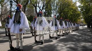Εντυπωσιακές εικόνες από τη στρατιωτική παρέλαση για τα 200 χρόνια από την Επανάσταση του 1821