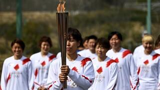 Ξεκίνησε η Ολυμπιακή Λαμπαδηδρομία με ένα χρόνο καθυστέρηση λόγω πανδημίας