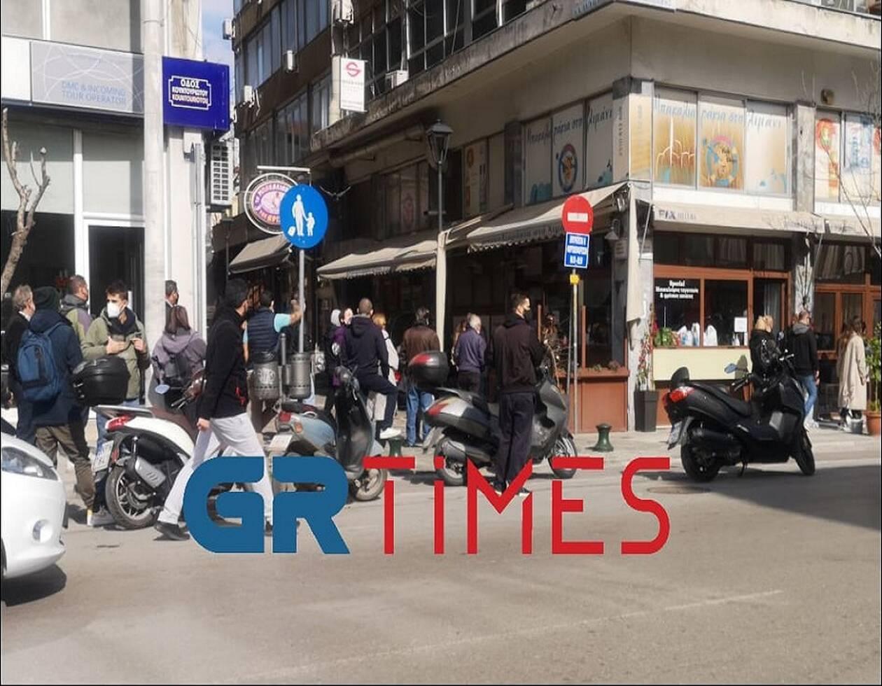 https://cdn.cnngreece.gr/media/news/2021/03/25/259615/photos/snapshot/thessaloniki2.jpg