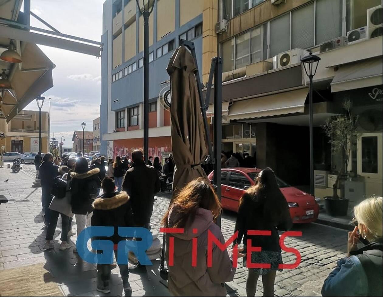 https://cdn.cnngreece.gr/media/news/2021/03/25/259615/photos/snapshot/thessaloniki4.jpg