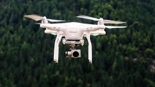 Σαουδική Αραβία: Αναχαιτίστηκαν drones με στόχο στρατιωτικές και πετρελαϊκές εγκαταστάσεις