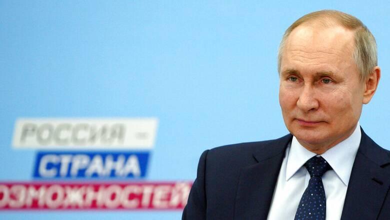 Κρεμλίνο κατά Μπάιντεν: Η Ρωσία και η Κίνα δεν θέλουν τη δημοκρατία σας