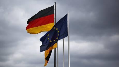 Ταμείο Ανάκαμψης: Στον «πάγο» η επικύρωση από το Συνταγματικό Δικαστήριο της Γερμανίας