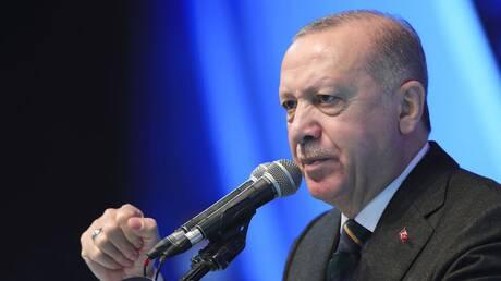 Τουρκία: Δίωξη σε συνεργάτες του Charlie Hebdo για «προσβλητικό» σκίτσο του Ερντογάν