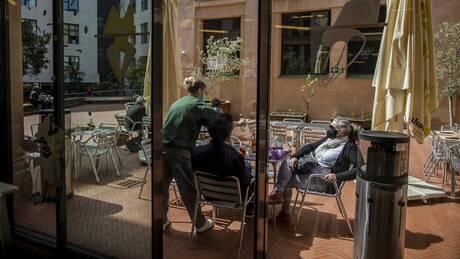 Ισπανία- ΚορωνοΪός: Η Μαδρίτη θα ζητεί αρνητικό μοριακό τεστ στις χερσαίες αφίξεις από τη Γαλλία