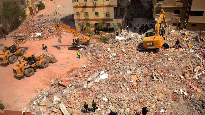 Αίγυπτος: Κατέρρευσε δεκαώροφο κτήριο στο Κάιρο - Οκτώ νεκροί - 29 τραυματίες
