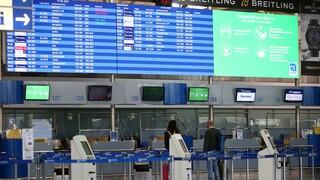 Κορωνοϊός: Παρατείνονται εκ νέου οι περιορισμοί στις πτήσεις εσωτερικού