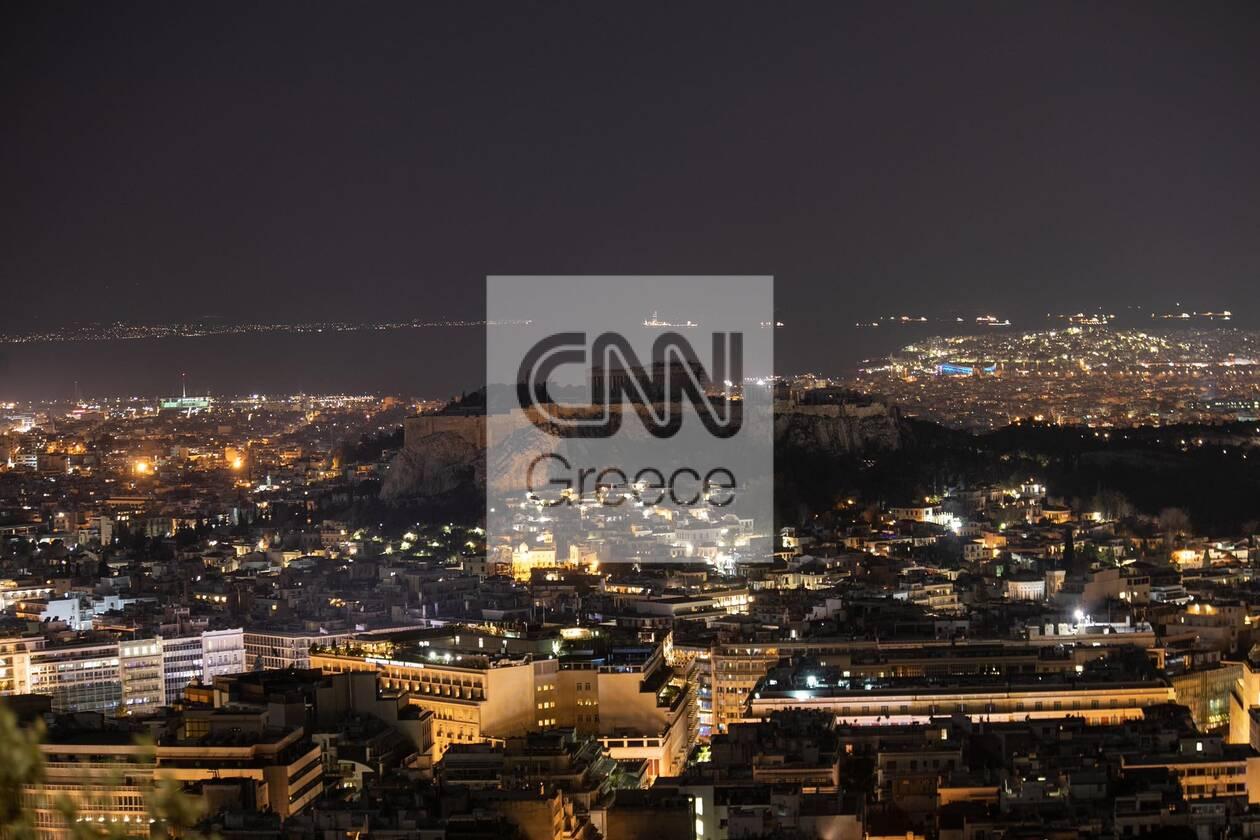 https://cdn.cnngreece.gr/media/news/2021/03/27/259847/photos/snapshot/akropoli6.jpg