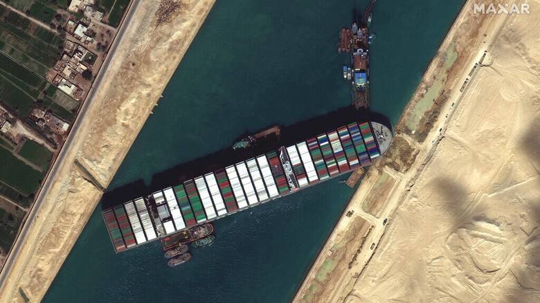 Διώρυγα του Σουέζ: Η Ελλάδα έτοιμη να παράσχει κάθε δυνατή συνδρομή προς την Αίγυπτο