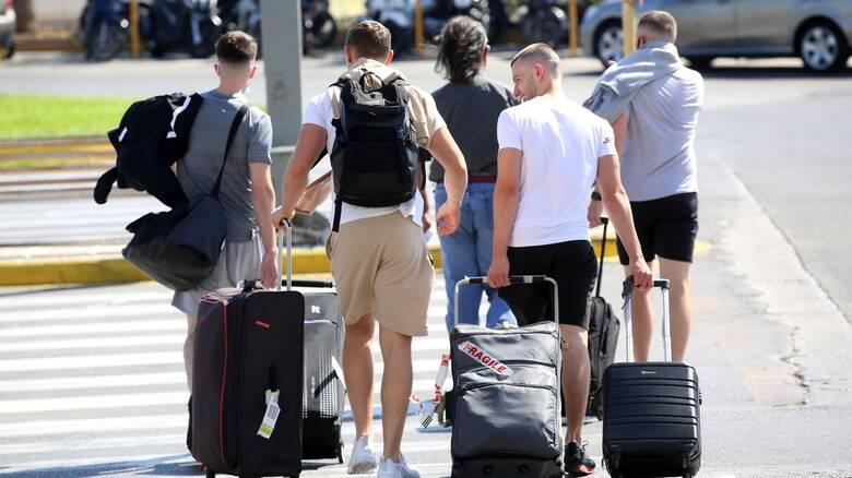 Πώς θα υποδεχτεί τουρίστες η Ελλάδα το καλοκαίρι – Τα τέσσερα μέτρα ασφαλείας