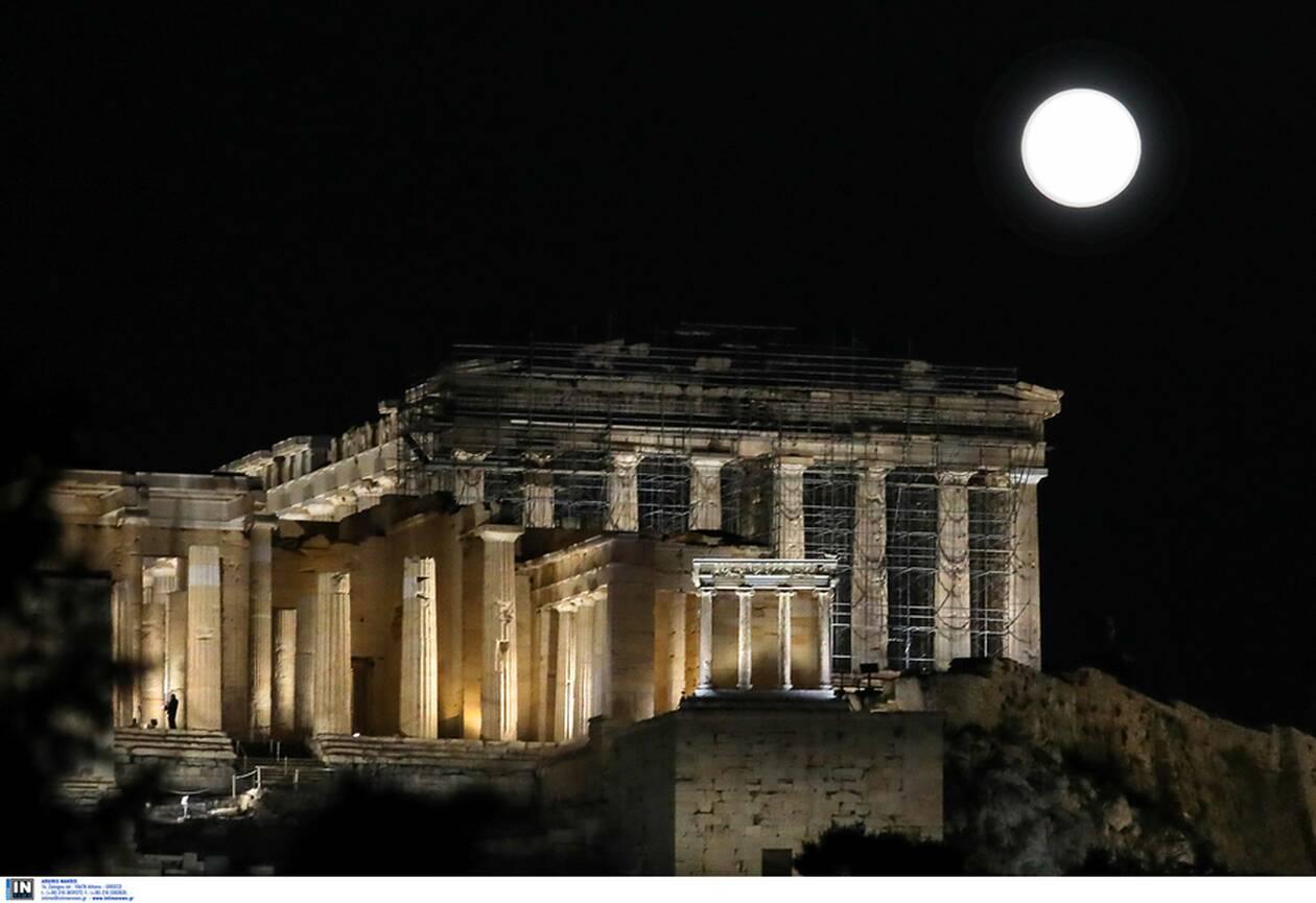 https://cdn.cnngreece.gr/media/news/2021/03/28/259933/photos/snapshot/panselinos-skoulikiou-akropoli-7.jpg