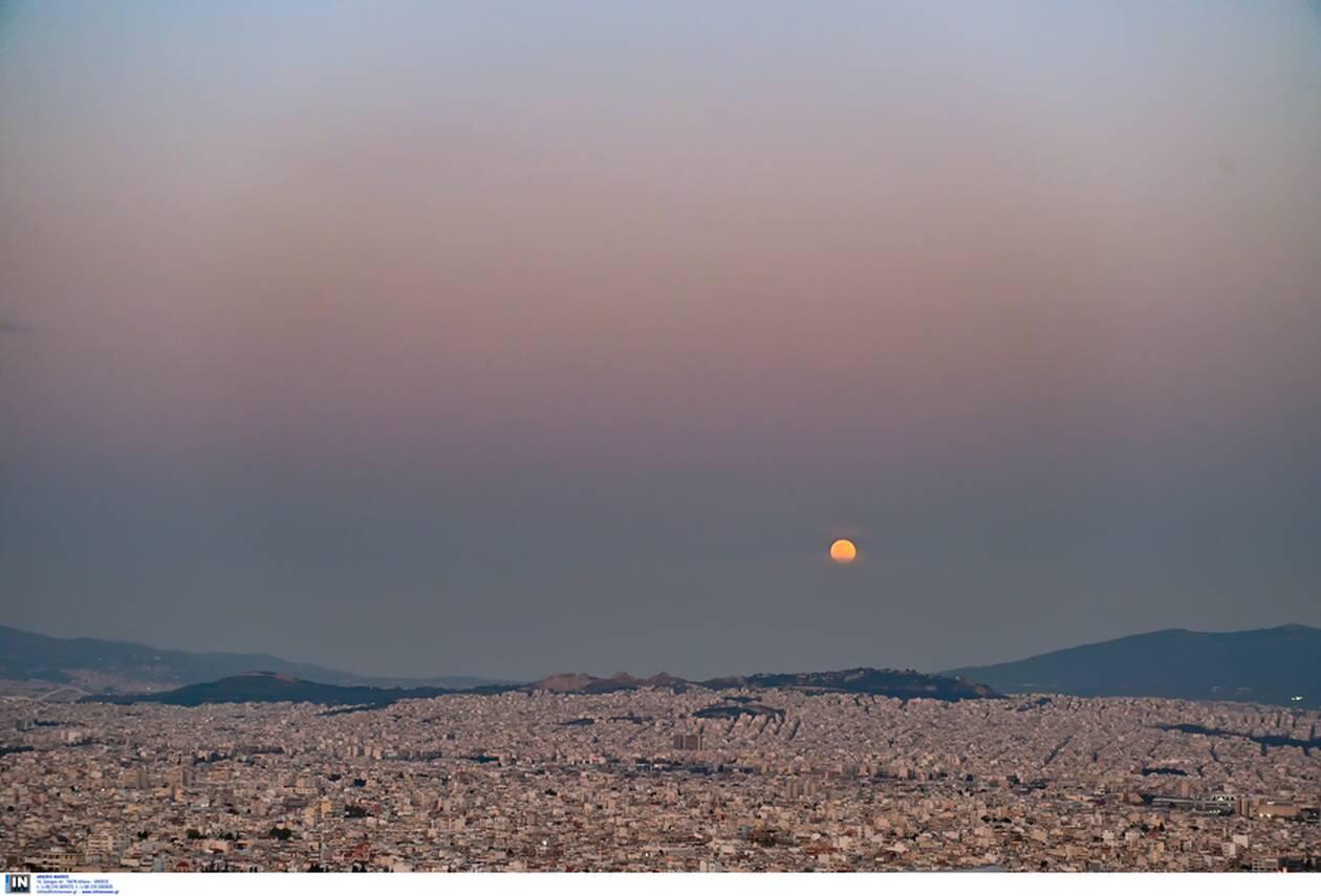 https://cdn.cnngreece.gr/media/news/2021/03/28/259933/photos/snapshot/panselinos-skoulikiou-akropoli-8.jpg