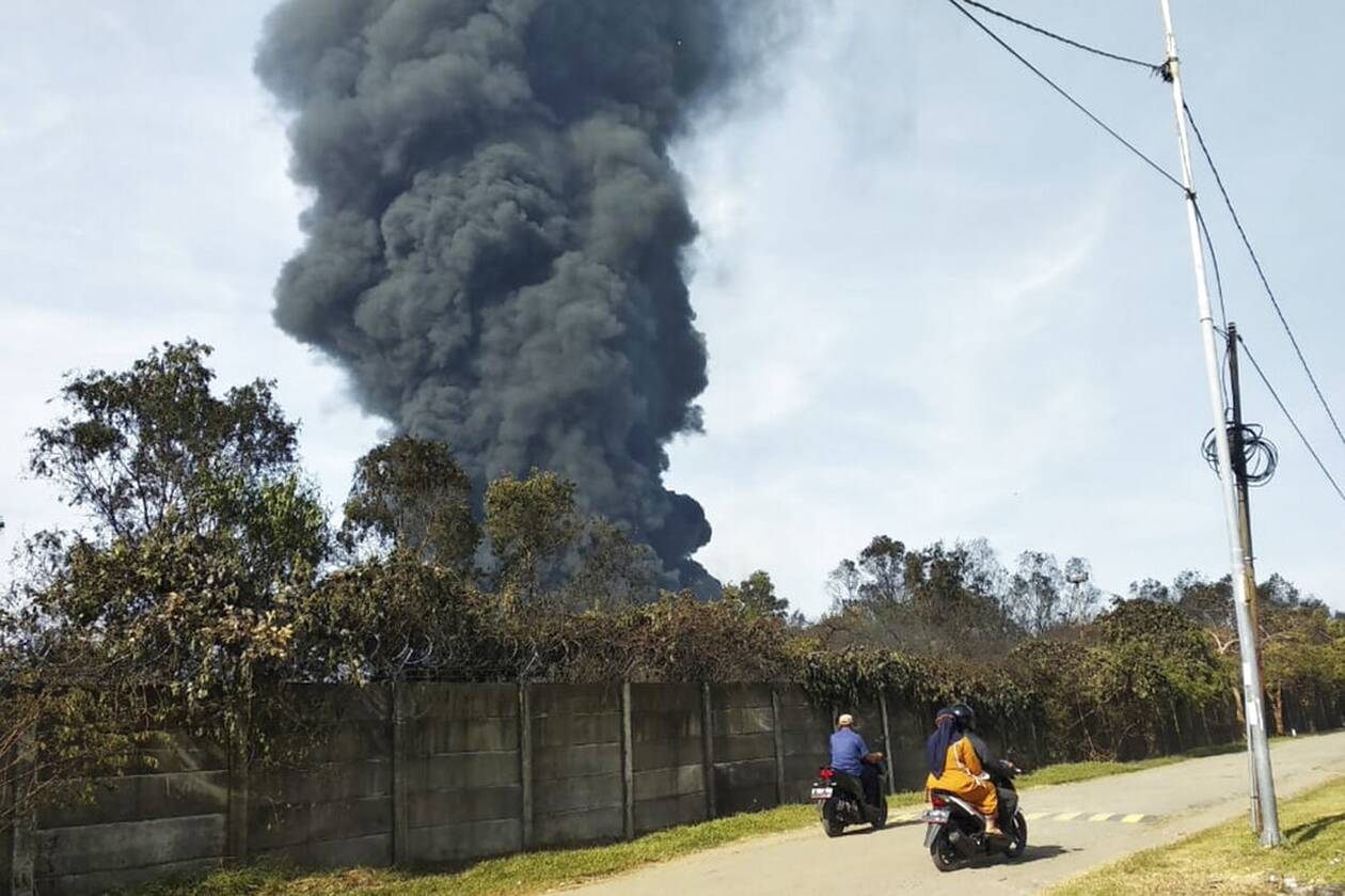 https://cdn.cnngreece.gr/media/news/2021/03/29/259957/photos/snapshot/indonisia-AP21088084219948.jpg