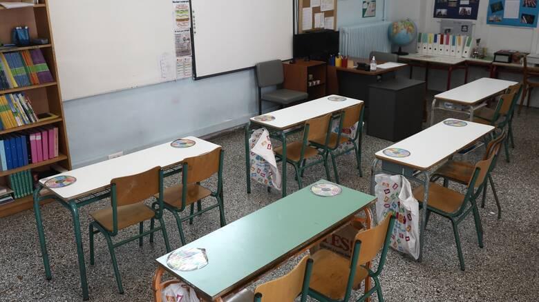 Lockdown – Ο γρίφος των σχολείων: Τα σενάρια που εξετάζονται για το άνοιγμα