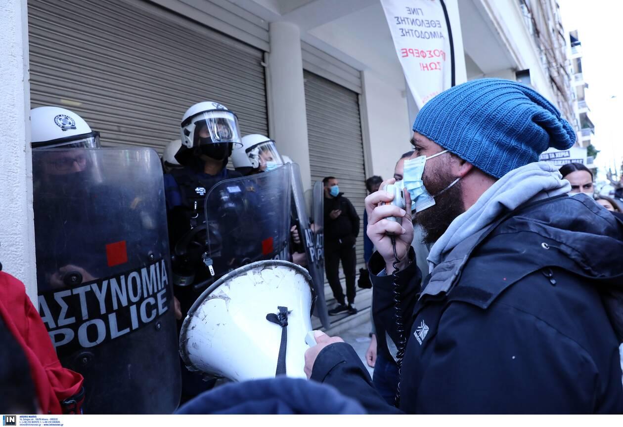 https://cdn.cnngreece.gr/media/news/2021/03/30/260170/photos/snapshot/ypourgeio-ygeias4.jpg