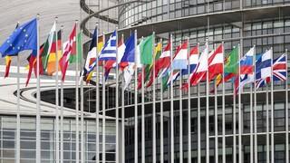 Νέα πολιτική συμμαχία στο Ευρωκοινοβούλιο «χτίζουν» Όρμπαν και Σαλβίνι