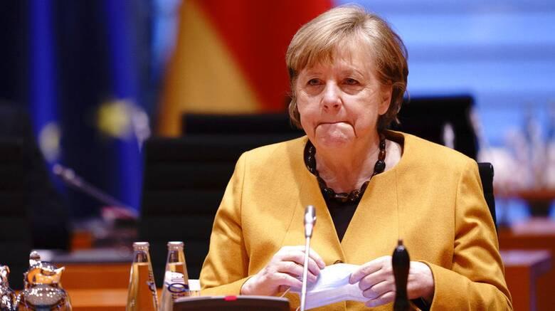 Εμβόλιο AstraZeneca - Γερμανία: Έκτακτη σύσκεψη υπό την Μέρκελ μετά το νέο «φρένο»