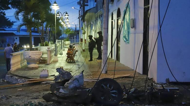 Κολομβία: Παιδιά τραυματίστηκαν και οχήματα πυρπολήθηκαν σε επίθεση που αποδίδεται στον ELN