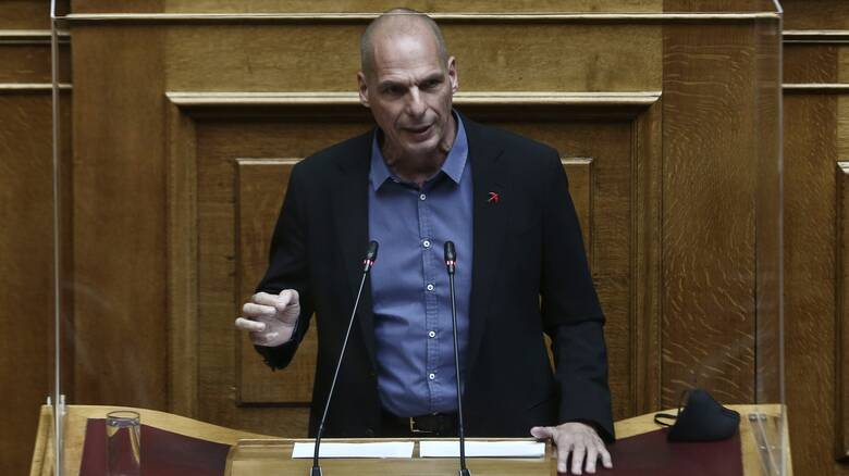 Βαρουφάκης: Καμπάνια ενάντια στα καζίνο – Σκλήρυνση απέναντι στον ΣΥΡΙΖΑ
