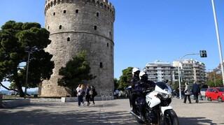Κορωνοϊός: «Καμπανάκι» Κικίλια και ειδικών για τη Θεσσαλονίκη - Νέες εικόνες συνωστισμού