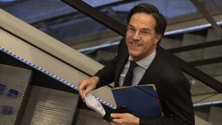 Ολλανδία: Ξεπέρασε την πρόταση δυσπιστίας ο  Μαρκ Ρούτε