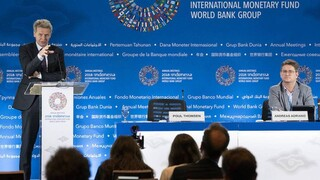 Πόουλ Τόμσεν: Η αναδιάρθρωση του ελληνικού χρέους έπρεπε να γίνει το 2010