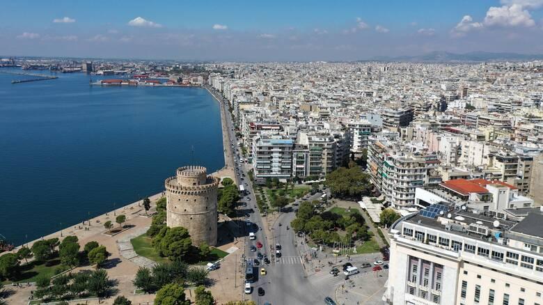 Κορωνοϊός: Εκτάκτως την Κυριακή υπουργικά κλιμάκια σε Θεσσαλονίκη, Πάτρα και Κοζάνη