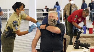 Κορωνοϊός - ΗΠΑ: 4 εκατ. εμβολιασμούς μέσα σε 24 ώρες ανακοίνωσε ο Λευκός Οίκος